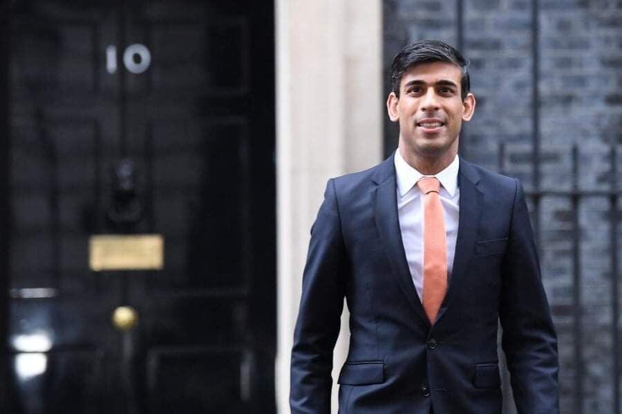 """وزير المالية البريطاني:""""دعمنا سيصل إلى عدد أكبر بكثير من الناس وسيحمي المزيد من الوظائف""""."""