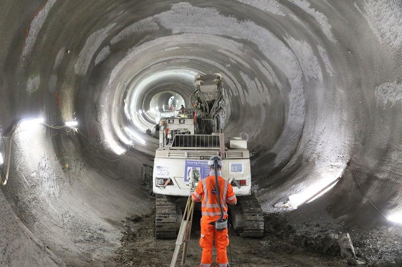 النقل في لندن تعلن عن اكتمال العمل في حفر نفق جديد لمترو الأنفاق