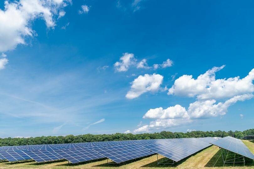مشروع للطاقة الشمسية يغطي ١٢٠٠٠ منزل في ليدز