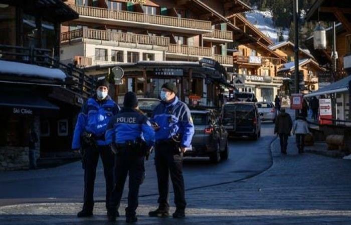 هروب مئات البريطانيين من حجر صحى في سويسرا