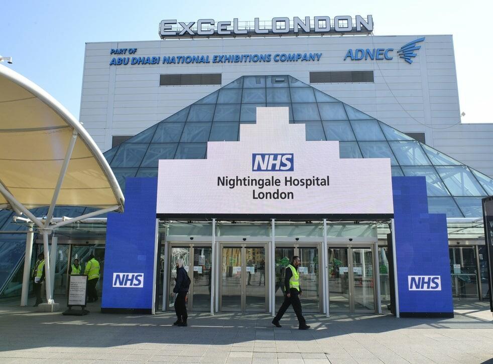 مستشفى نايتنجيل (Nightingale) في لندن يتحول إلى مركز تطعيم شامل ضد كوفيد-19