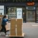 """""""احترام الموظفين"""" واجب على المتسوقين عند إعادة فتح متاجر التجزئة في بريطانيا!"""