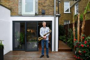 بريكست يغضب الموسيقيين البريطانيين ويعطّل جولاتهم الأوروبية