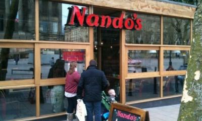 """سلسة مطاعم """"ناندوز"""" تغلق 50 فرعاً في بريطانيا والسبب؟"""