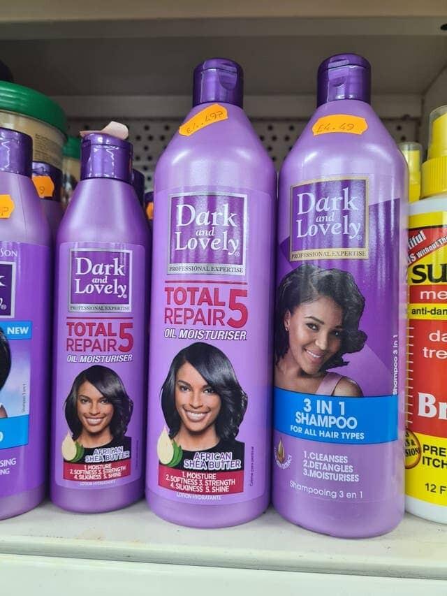 حملة تحث شركات التجميل على سحب منتجات الشعر السامة التي تستهدف النساء السود