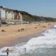 إخلاء شاطئ بورنماوث بعد رصد حيوان بحري كبير في الماء