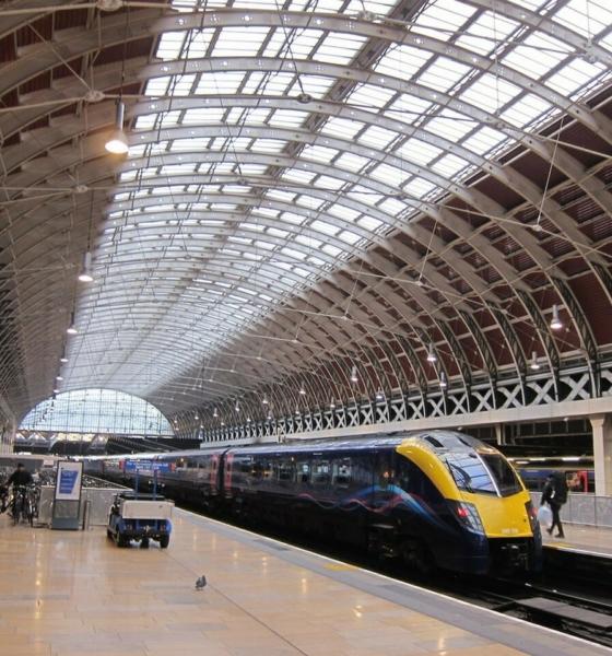 تعرف على أهم مميزات محطة قطار لندن